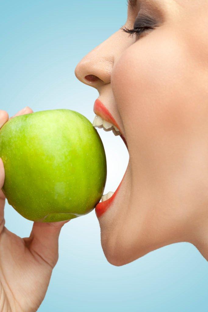 """Mundpflege: Das Stiefkind in der Pflege""""- Das eigene Handeln hinterfragen"""